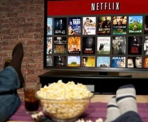 تماشای نتفلیکس با تلوزیون